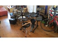 Electronic drums for sale (drum kit like new, all extras included)