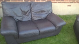 TWO SEATER SETTEE ONLY £25