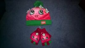SHOPKINS hat and gloves set BRAND NEW from Claire's