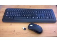 Microsoft Wireless Desktop 850 Keyboard and Mouse - Black