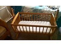 swinging crib- collection loughborough