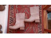 Ladies Wrangler boots, cream suede UK6, EU39, please see photos & write up, Porthtowan