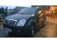 ssangyong rexton 2.7 spr deisel auto elec sun roof fully loaded and in excellent condition