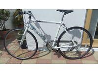 Landrover 2x2 flat bar road bike, 21.5 inch (55cm) frame