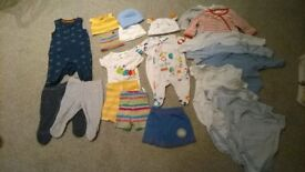 0-1 month bundle of baby clothes – 23 items
