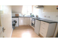 ** BILLS INCLUDED ONE BEDROOM VICTORIAN CONVERSION IN EARLSFIELD, SW18 FOR £1200 PCM **