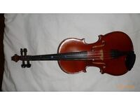 Fine 1/2 size French Mirecourt violin. Perfect for a young player.