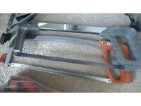 2 no metal hacksaws ( used ) plus 2 tool pouches