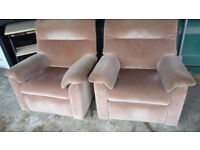 2x recliner chairs