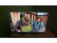 "**Now Pending Collection** LG 42"" Smart TV LB580V Mint condition looking for new home :)"