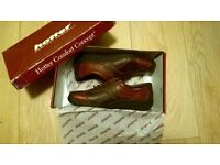 Brand New Ladies Leather Comfy Shoes Size 5