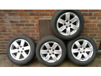 Tyres 205/60/16 with alloy wheels