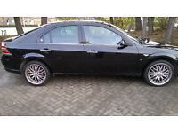 Ford Mondeo GHIA X in stunning condition and comes with 2 keys 11 months MOT