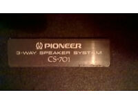2 Pioneer speakers for sale CS-701. All drives working.
