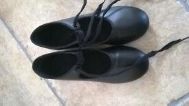 Capezio Tap Shoes - Size 2