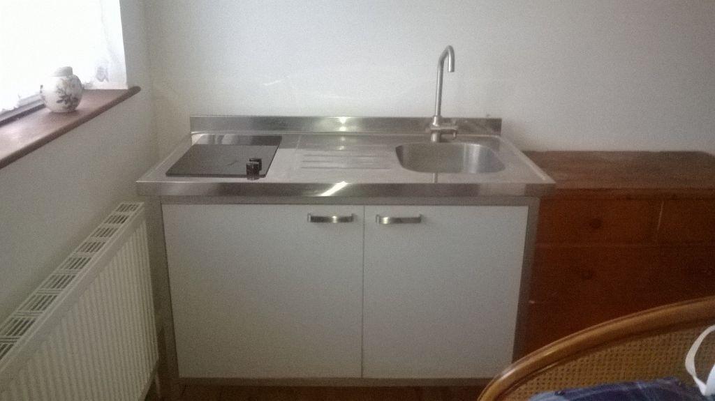 All In One Kitchen Unit Fridge Sink Hob In Oxford