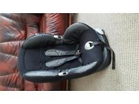 Maxi cosi priori xp car seat . From 9 month to 4 years. V