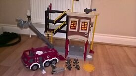Fisher Price Imaginext Fire Station and Fire Engine