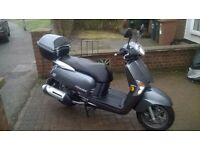 kymco Like 125 scooter.Learner legal.MOT till Dec 2017,only 3000 miles.Top box lovely bike no faults