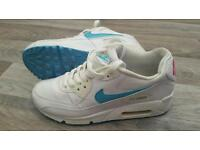 Nike Air Max. Pink & Aqua. Size 4 or 36.5 Great Condition. Can post