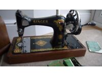 Singer Sewing Machine 1956 Fully Functioning with hardcase, bobbins, tools and instructions