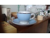 Doulton powder blue and white and gold 6 piece dinner service