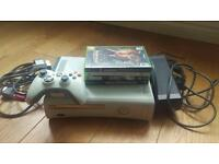 Xbox 360 60gb console with 4 games as per the picture and controller