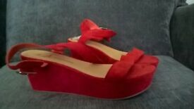 christmas coral red shoes, bnwt