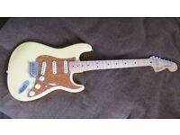 Fender Roadhouse Deluxe Strat