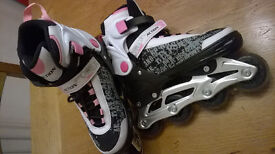 IN LINE ROLLER BLADES ADJUSTABLE SIZE 37 - 40 IN EXCELLENT CONDITION