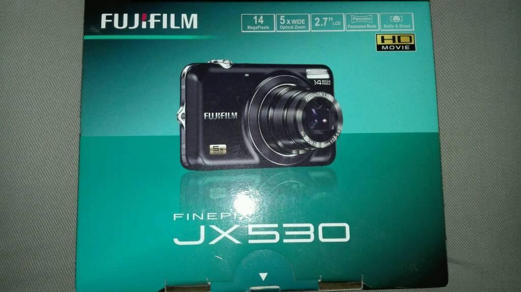 Camera Fujifilm JX530, hardly used.
