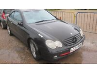 mercedes clk 270 cdi breaking for parts 2004