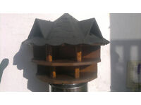 Bird table/nesting box