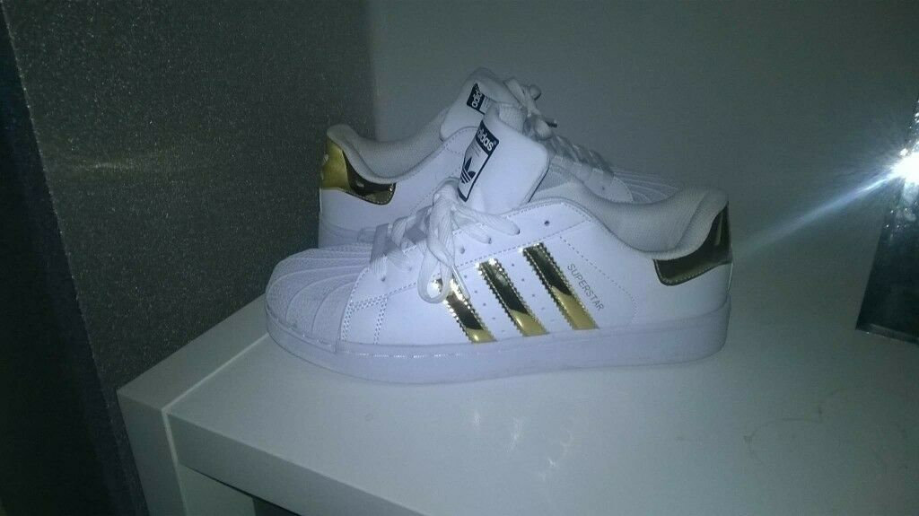 addidas superstars trainers