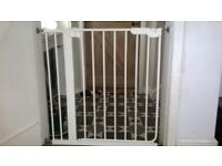 Stair Gate - pressure fit. White