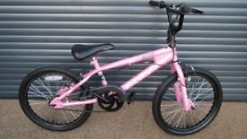 CHILDS AVAGO BMX. BIKE IN VERY GOOD USED CONDITION.. (SUIT APPROX. AGE. 6 / 7+)..