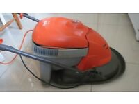 Flymo Hover Vac Collect Lawnmower