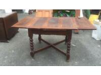 Period dining table (extendable to 6 seater)