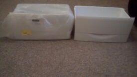 2 Electra bottom freezer draws