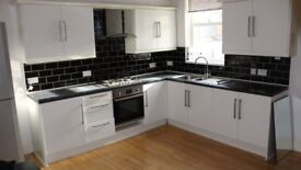 xXx WELL PRESENTED THREE BEDROOM APARTMENT AVAILABLE IN STIRCHLEY ON PERSHORE ROAD xXx