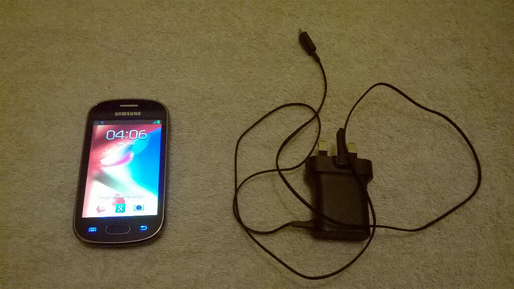 Samsung Galaxy Fame + Charger MINT CONDITION £15 ONO