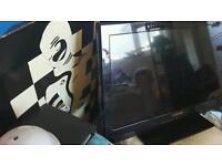Tech wood 32 inch TV