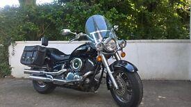 Yamaha dragster 1100 in black