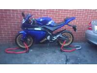 Yamaha yzf r125 delivery available