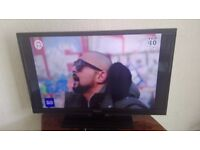 32 INCH FLAT SCREEN LED TELEVISION WITH REMOTE