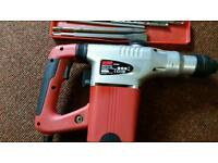 1200 w SDS Rotary HAMMER Drill Kit with chisle and bits