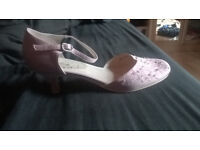 BHS Pink Wedding/Prom/Evening Shoes Size 8 Small heel *excellent condition*