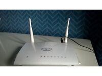 Draytek Vigor 2760n wireless router. 2 USB and 4 port RJ45