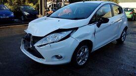 2012 Ford Fiesta Zetec 1.4 TDCI 5 door *** damaged repairable ***