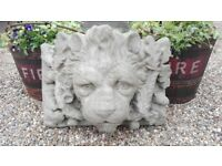 Vintage style stone lion's head water feature / garden ornament